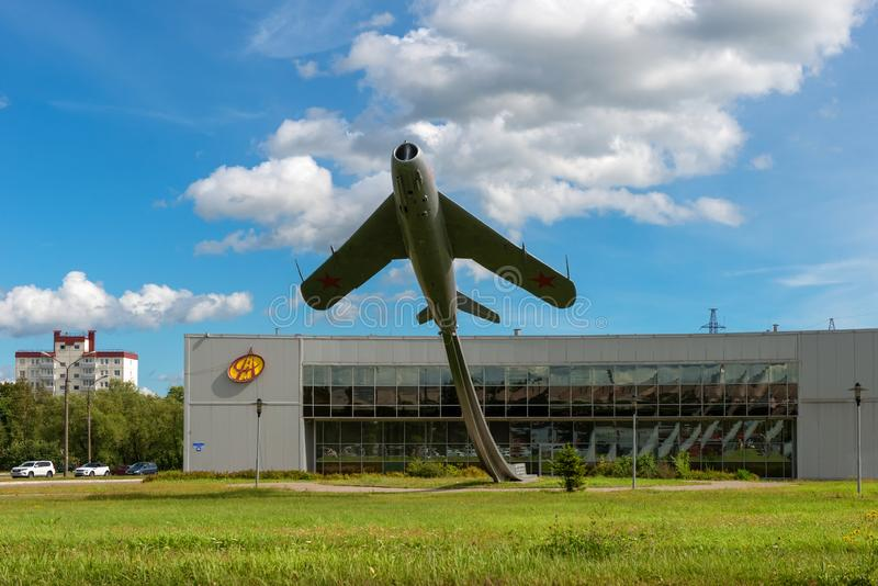 VELIKY NOVGOROD, Monument to the Aviators of the Volkhov Front Airplane. VELIKY NOVGOROD, RUSSIA - AUGUST 14, 2018: Monument to the Aviators of the Volkhov Front stock photos
