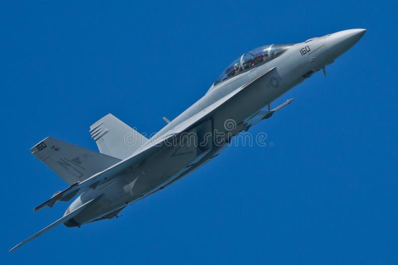 Velivoli eccellenti del calabrone del Boeing F/A-18F fotografia stock libera da diritti