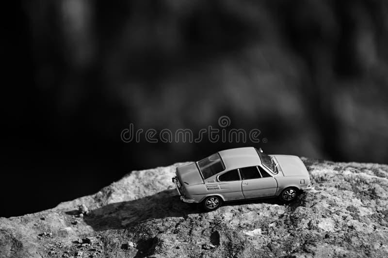 Velka Amerika, République Tchèque - 7 août 2018 : le modèle de la voiture tchèque légendaire Skoda 110R a appelé Erko de l'année  image libre de droits