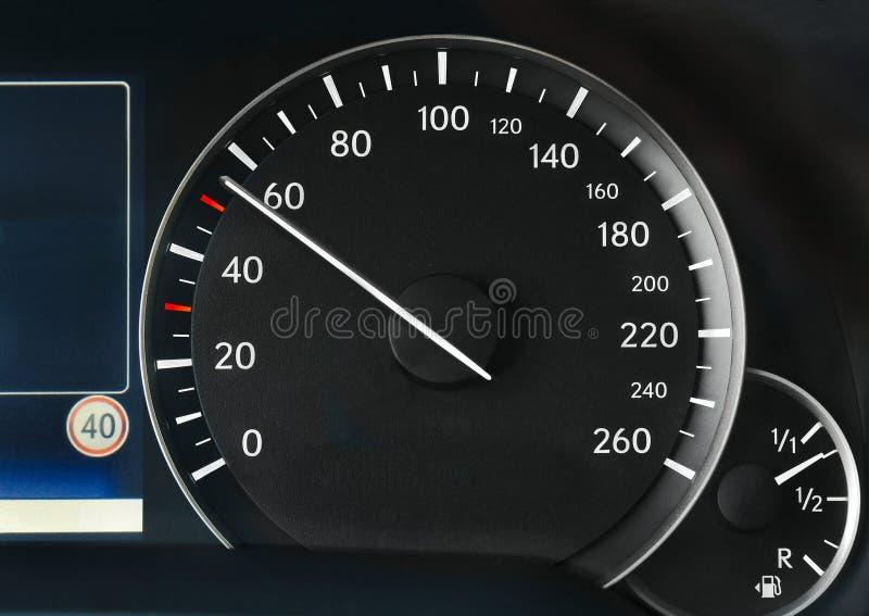 Velocímetro de um carro fotos de stock