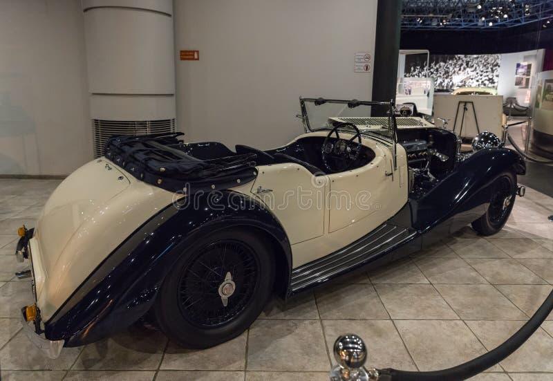 Velocidade 20 - 1936 de Alvis SD na exposição no museu em Amman, a capital do carro do rei Abdullah II de Jordânia foto de stock royalty free