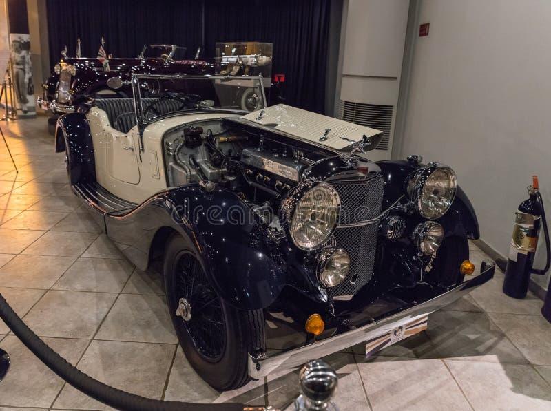 Velocidade 20 - 1936 de Alvis SD na exposição no museu em Amman, a capital do carro do rei Abdullah II de Jordânia imagens de stock
