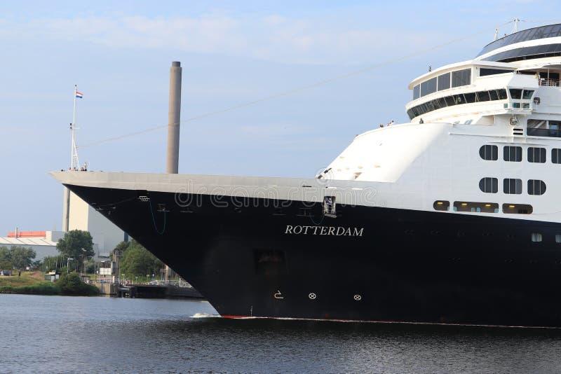Velsen Nederländerna - Augusti 4th 2019: Ms Rotterdam royaltyfri bild