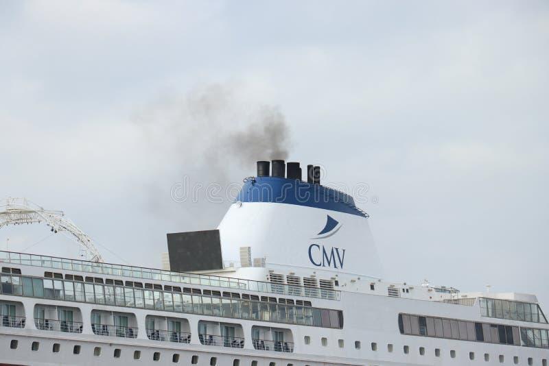 Velsen Nederl?nderna - Maj 30th, 2019: Columbus av kryssning & maritima resor arkivfoton