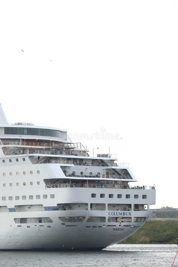Velsen Nederl?nderna - Maj 30th, 2019: Columbus av kryssning & maritima resor royaltyfri foto