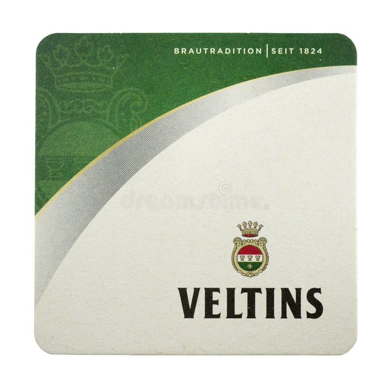 Veltins-beermat lokalisiert auf Weiß lizenzfreie stockfotografie