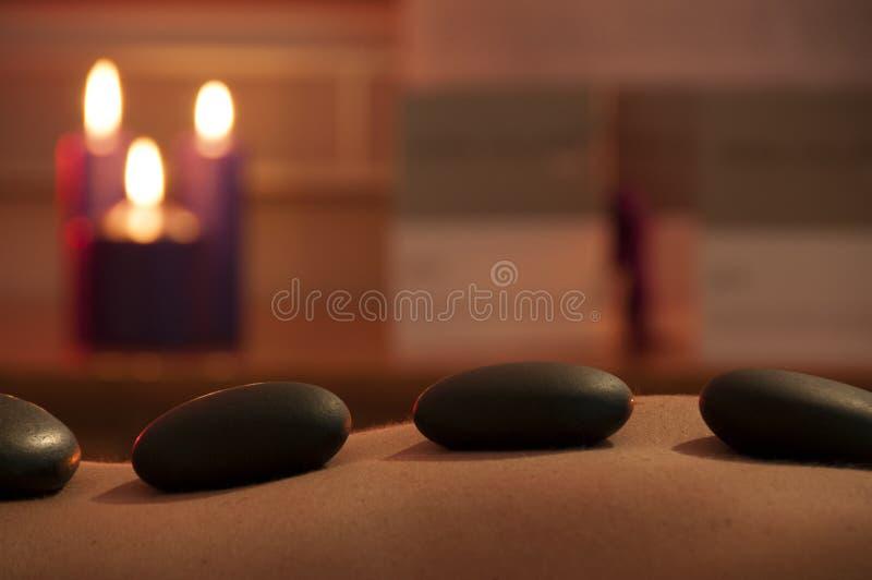 Masaje de piedra caliente fotografía de archivo