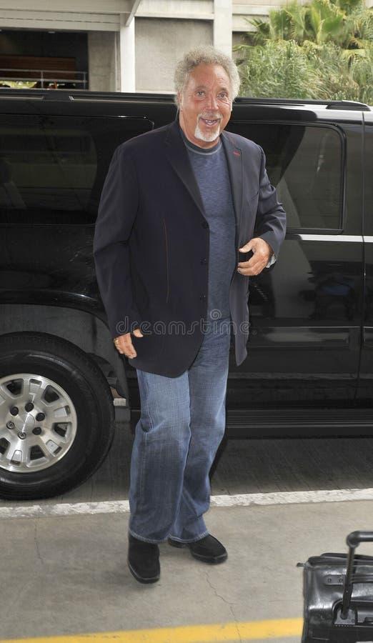 Ven al cantante Tom Jones en LAX fotografía de archivo libre de regalías