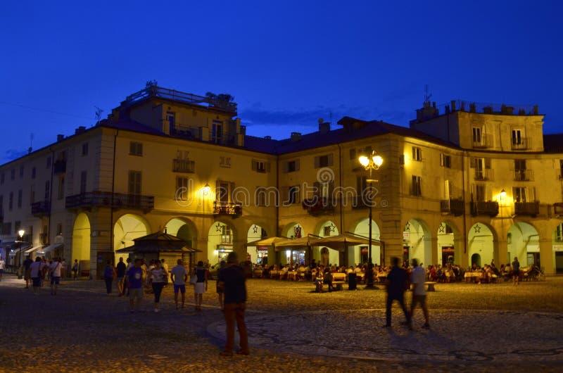 Venaria Reale, Piedmont, Italien Juli 2019 Piazzadella Annunziata royaltyfri foto