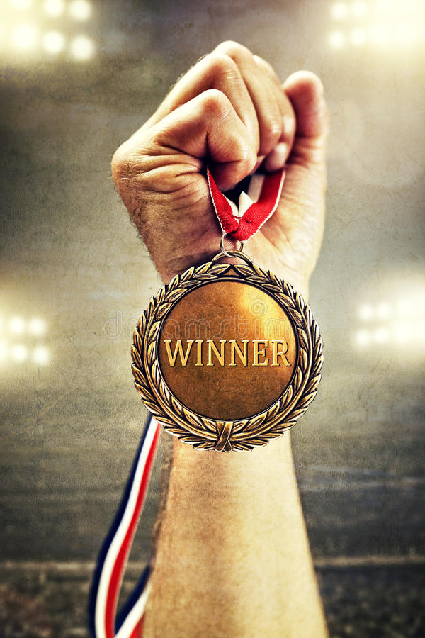 Vencedor de medalha do ouro fotos de stock royalty free