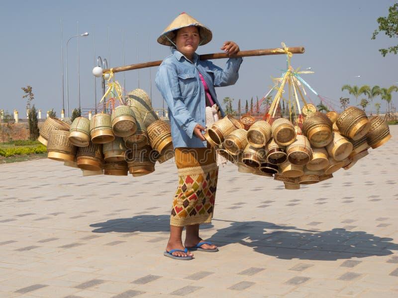 Venda asiática tradicional na rua fotos de stock royalty free