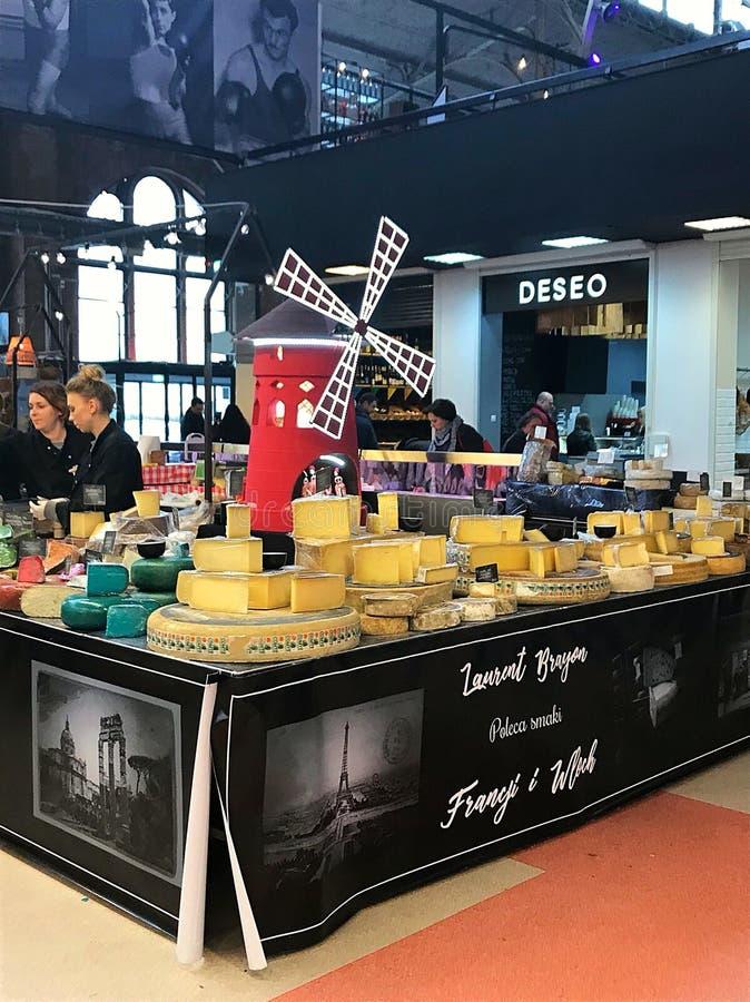 Venda do queijo foto de stock