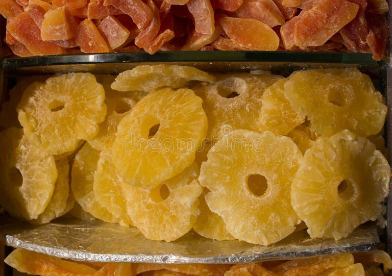 Download Venda Seca Do Fruto No Mercado Foto de Stock - Imagem de sorte, secado: 107528106