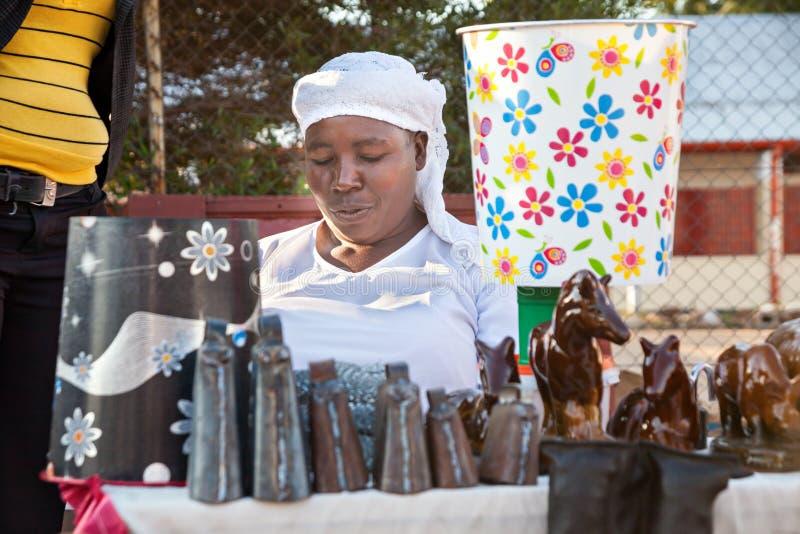 Vendedor ambulante africano imagens de stock