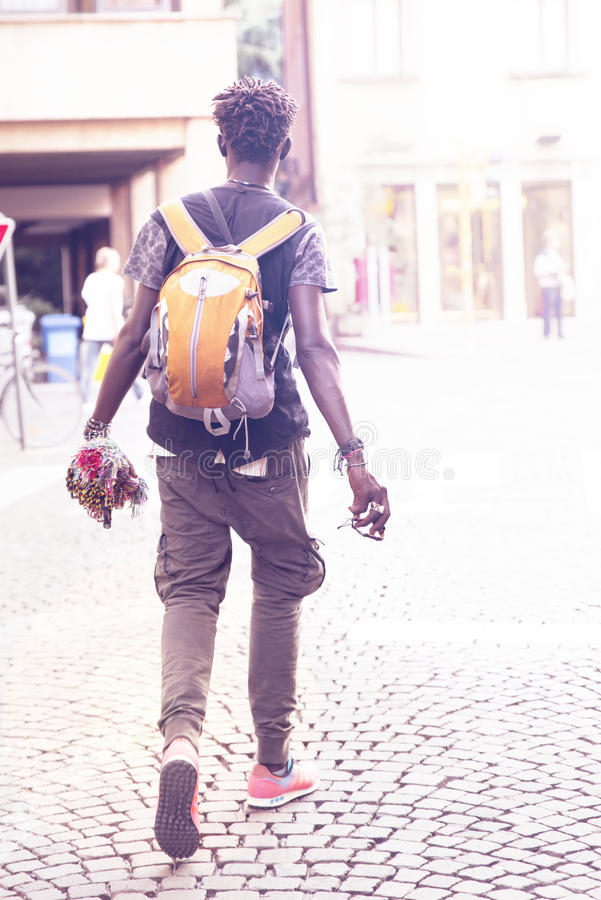 Vendedor ambulante da origem africana imagens de stock royalty free