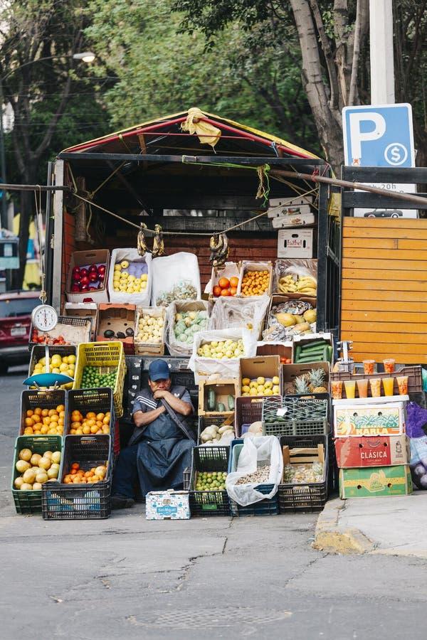Vendedor ambulante en Ciudad de México fotos de archivo