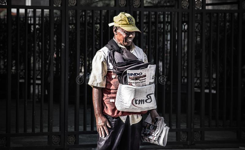 Vendedor do jornal fotos de stock royalty free