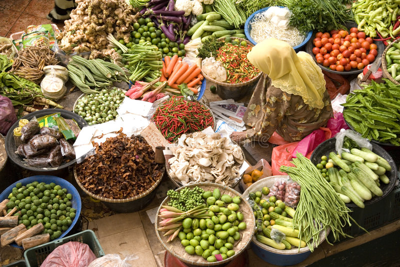 Vendedor vegetal imagem de stock royalty free