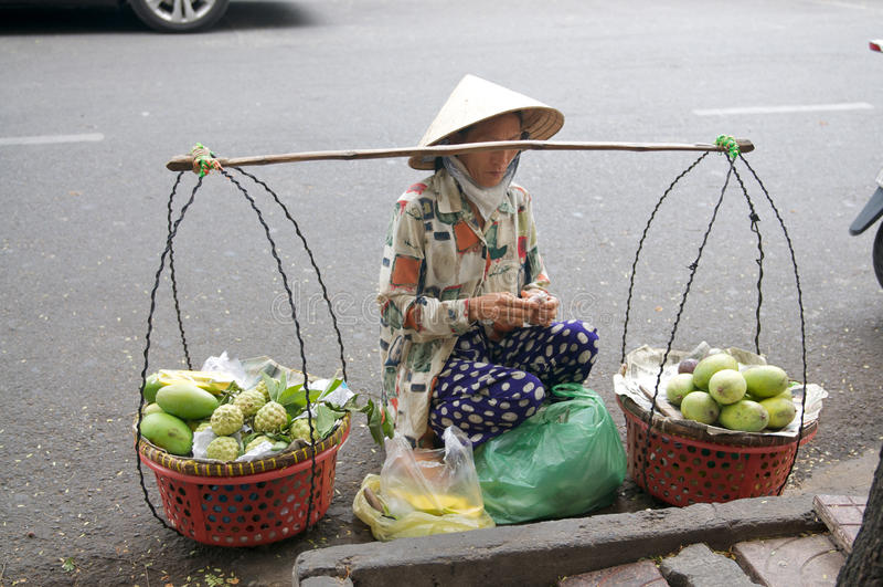 Vendedores ambulantes de calle de Vietnam imagen de archivo