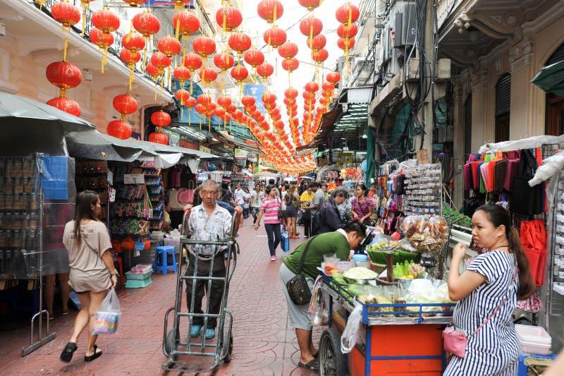 Vendedores en el mercado de Chinatown en Bangkok fotos de archivo libres de regalías