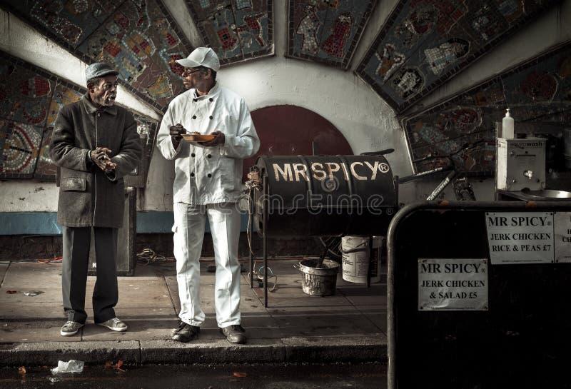 Vendeur épicé de nourriture dans la ruelle de brique, Londres, R-U images libres de droits