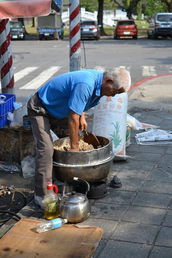 Vendeur de bonbons à l'étang de Lianchihtan Lotus à Kaohsiung, Taïwan photo libre de droits