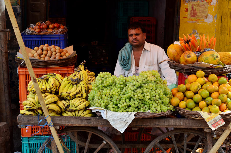Vendeur de fruit chez Fatephur Sikri, Inde photo stock