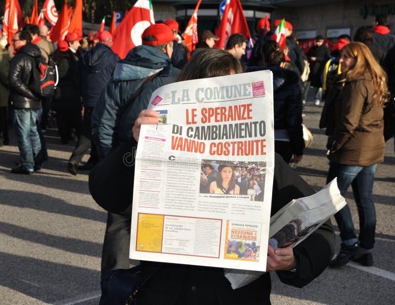 Vendeur de journal photo libre de droits