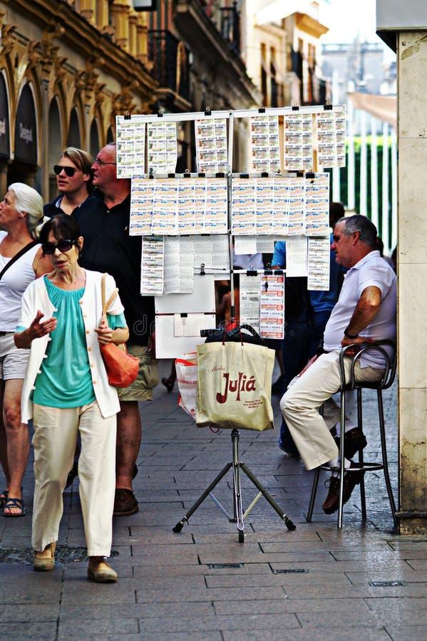 Vendeur 23 de loterie image libre de droits
