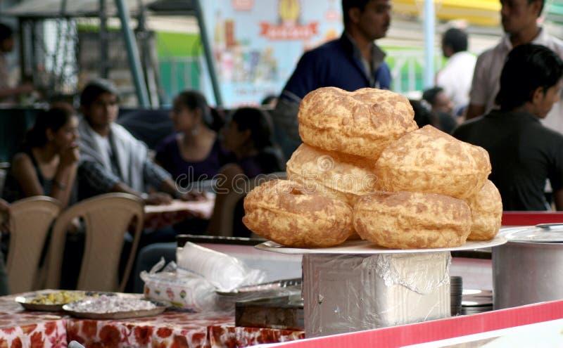 Vendeur de nourriture indien de rue images stock