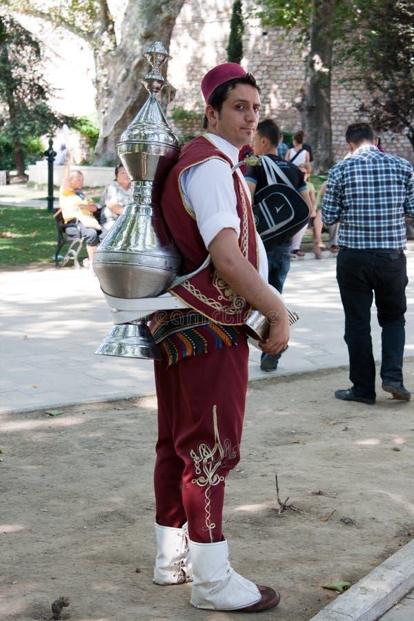 Vendeur de thé à Istanbul photos stock
