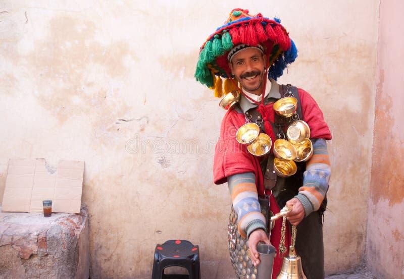 Vendeur marocain Marrakech de l'eau photographie stock libre de droits
