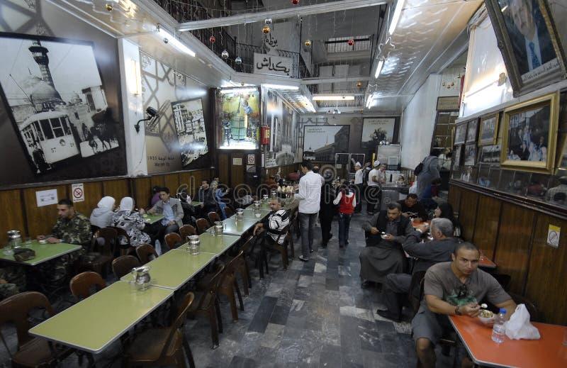 Vendeurs de crème glacée à Alep photos libres de droits