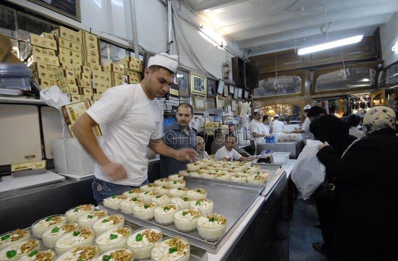 Vendeurs de crème glacée à Alep photo stock