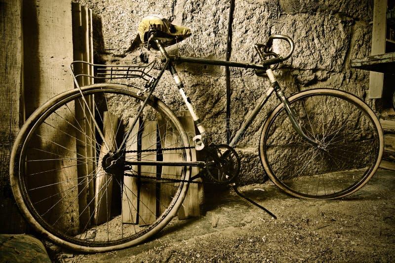Vendimia de la bicicleta imagen de archivo