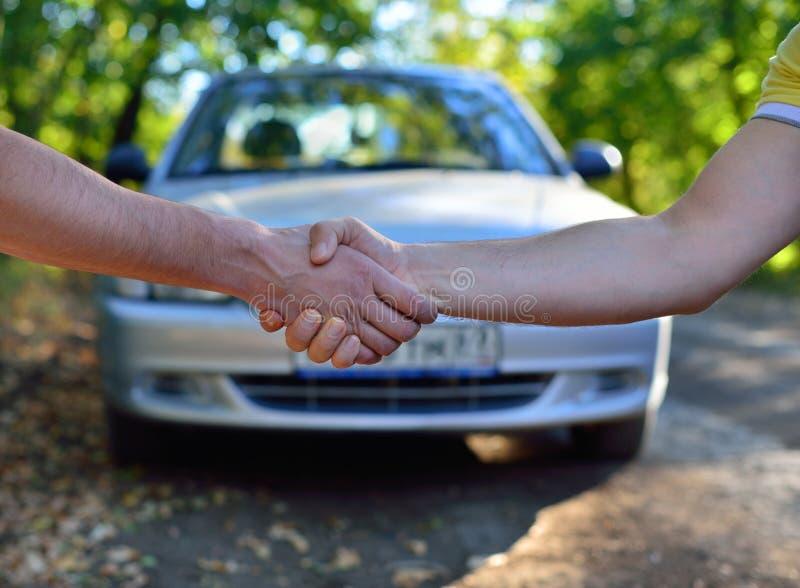 Vendita dell'automobile fotografia stock libera da diritti