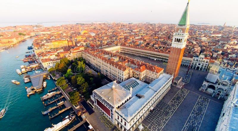 Venecia con el cuadrado del ` s de St Mark imágenes de archivo libres de regalías