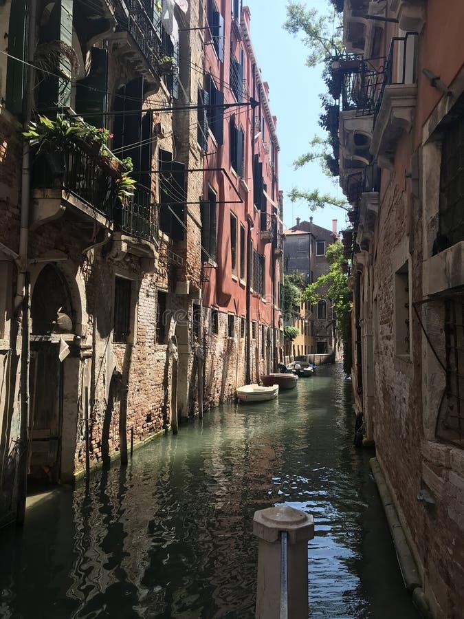 Venecia hermosa en tiempo soleado fotografía de archivo libre de regalías