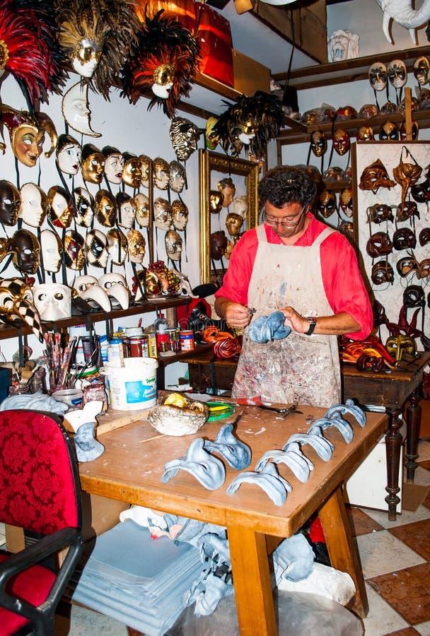 Venecia La fabricación de máscaras Trabajo manual imagen de archivo