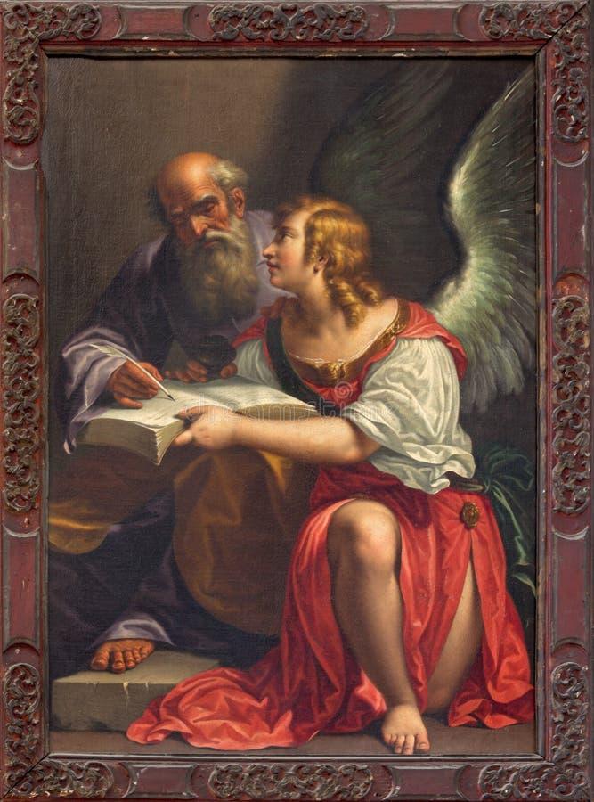 Venecia - pintura de St Matthew el evangelista en la iglesia Santa Maria della Salute de Antonio Triva da Reggio (1626 - 1699) imágenes de archivo libres de regalías