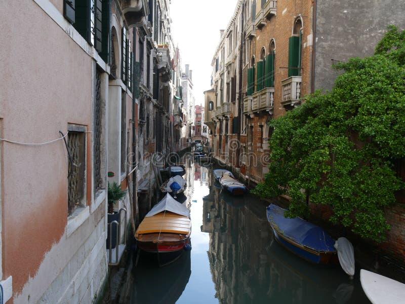 Venedig - calli von Bezirk Sans Marco lizenzfreie stockbilder