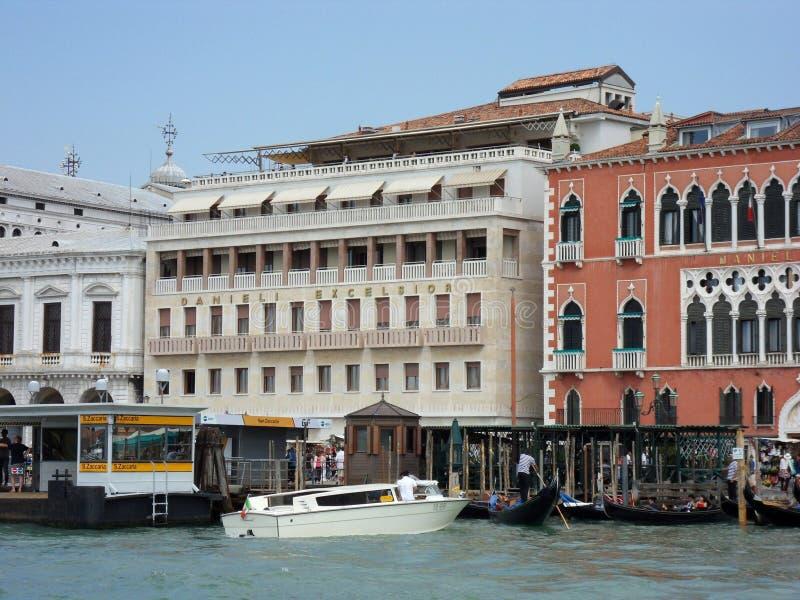 Venedig - hotell excelsior Danieli arkivbilder