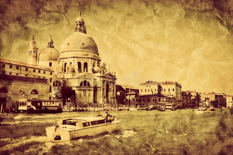 Venedig, Italien Großartiger Kanal und Basilika-Santa Maria della Gruß stockfotos