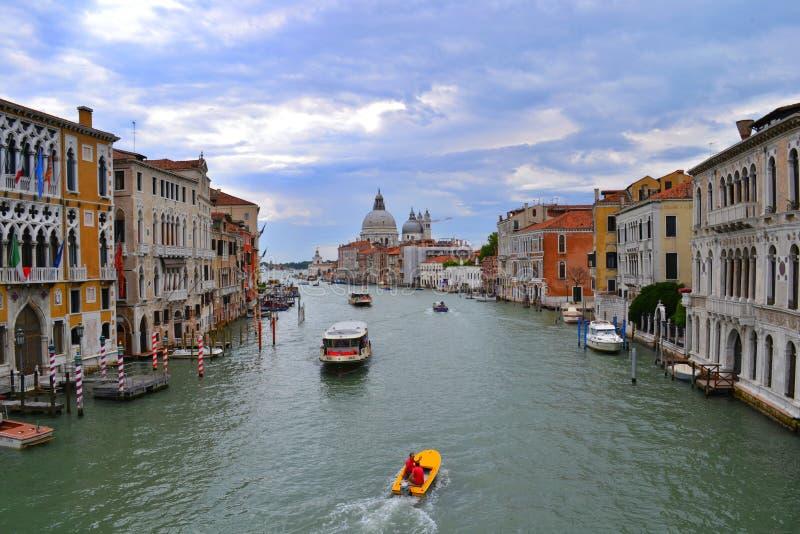 Venedig/Italien - Juli 01 2011: Grand Canal arkivbilder