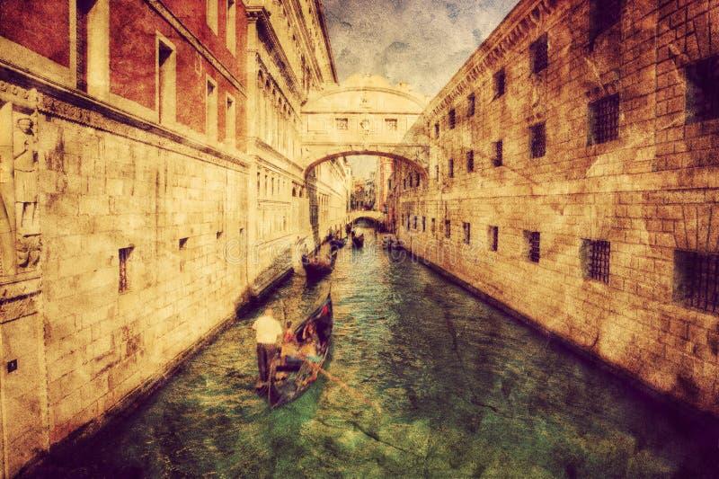 Venedig, Italien Seufzerbrücke und Gondel Weinlesekunst stockbild