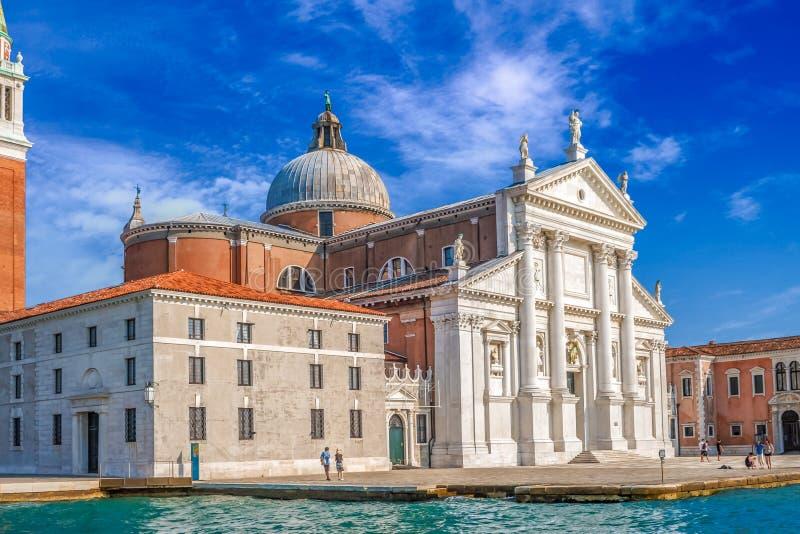 Venedig-Markstein, Ansicht vom Meer des Marktplatzes San Marco oder des St- Markquadrats, Glockenturm und Ducale oder Doge-Palast lizenzfreies stockbild