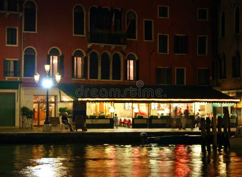 Venedig-Nacht lizenzfreie stockfotos
