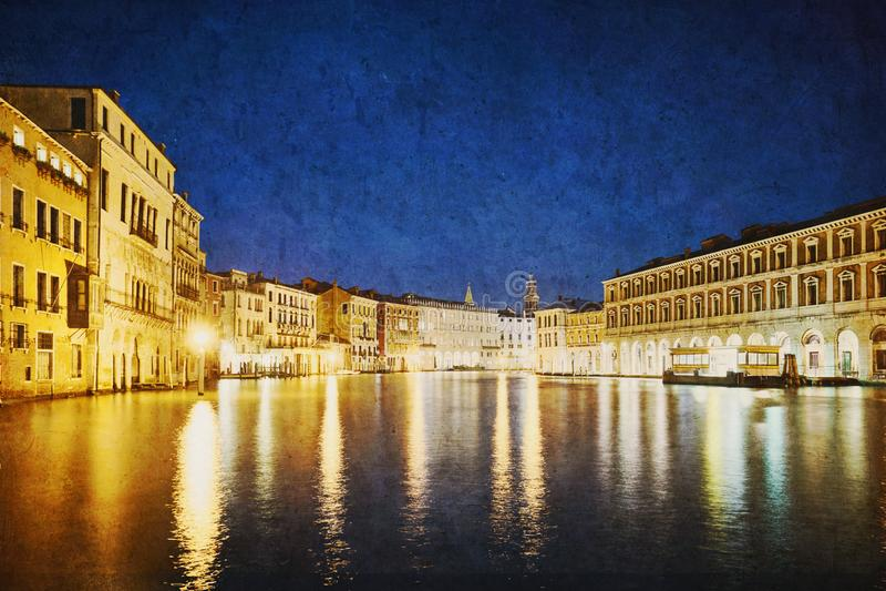 Venedig nattljus royaltyfri fotografi