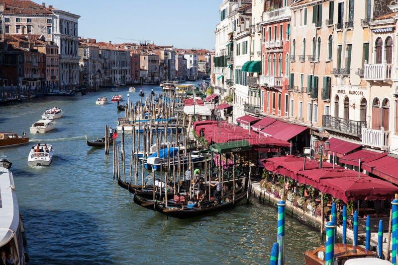 Venedig storslagen kanal fotografering för bildbyråer