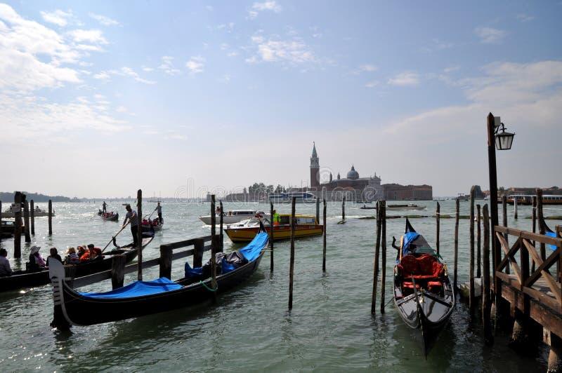 Venedig tidigt på morgonen arkivbilder